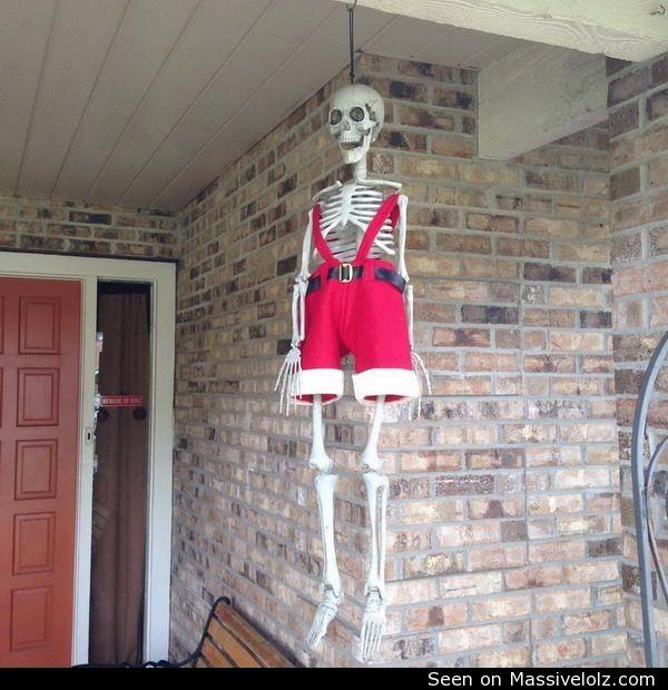 funny image Hanged Santa